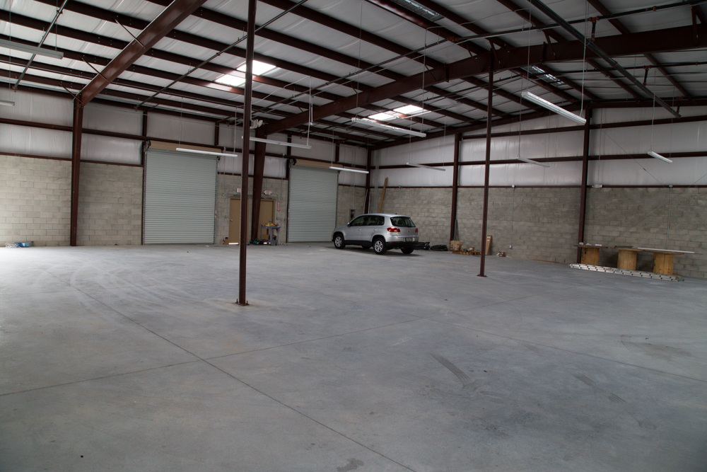 Building 2120 orangewood business park industrial for 4000 sq ft building